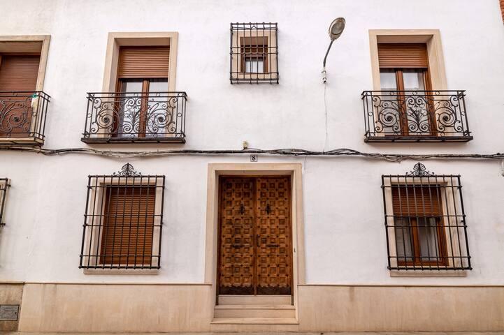 Dosbarrios.Villa Margarita CasaRural.15pax.Piscina