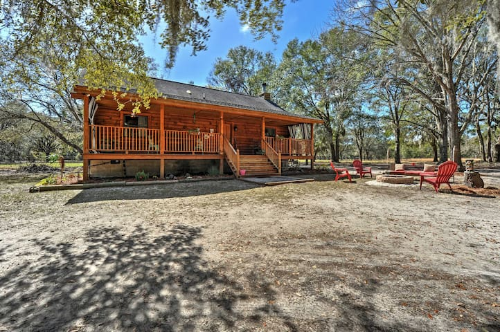 2BR Colonel's Island Cabin on 3 Woodland Acres - Midway - Kisház