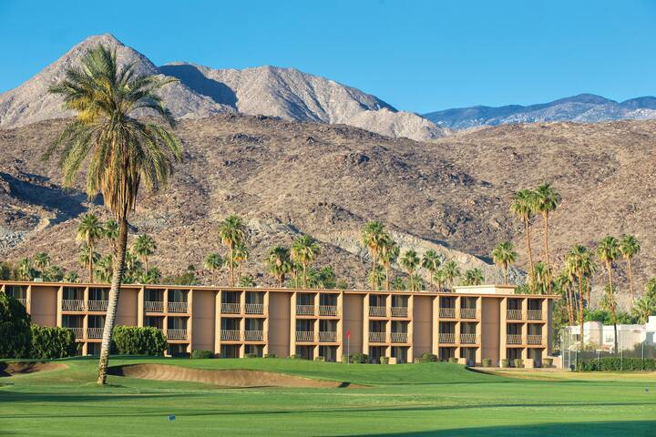 Palm Springs-PLAZA Resort, 1 BR (sleep 5)