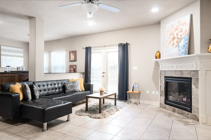 3BR Spacious+Modern House 5★Location,King Beds
