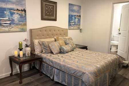 1 Beautiful new guest house in Los Gatos Suburbs !