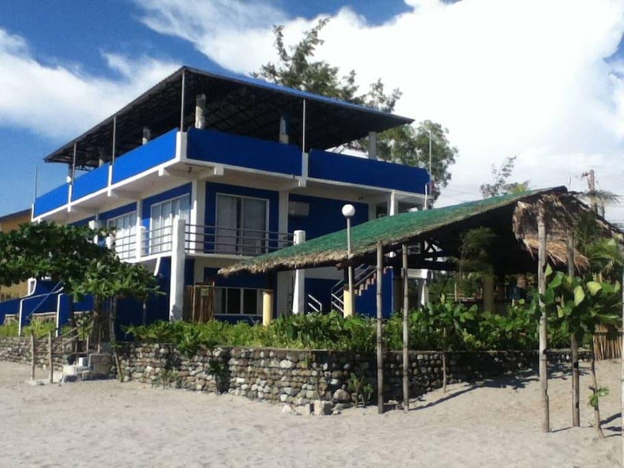 Casa Lillibelle (Beachfront Rooms)
