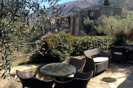 Panorama studio with huge terrace - Colletta di Castelbianco - Huoneisto