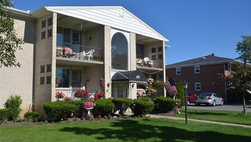SUBLET/Delta Garden Apartment  - Buffalo - Apartamento