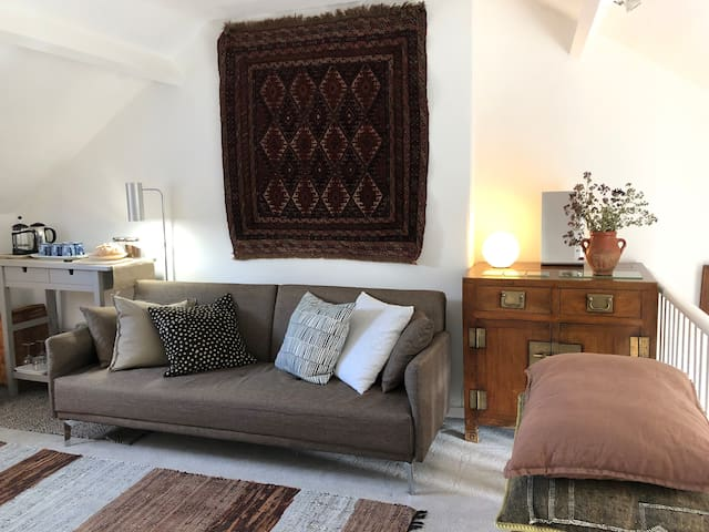 Stow on the Wold's  Suite of Rooms at the Top