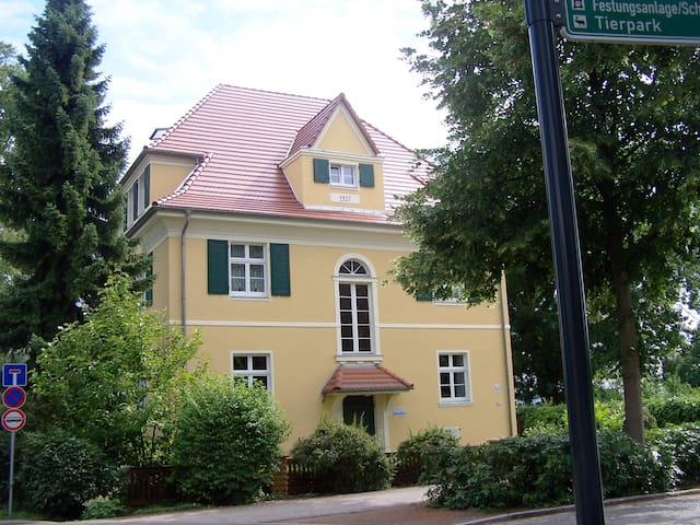 Villa am Senftenberger See - Senftenberg - Appartement