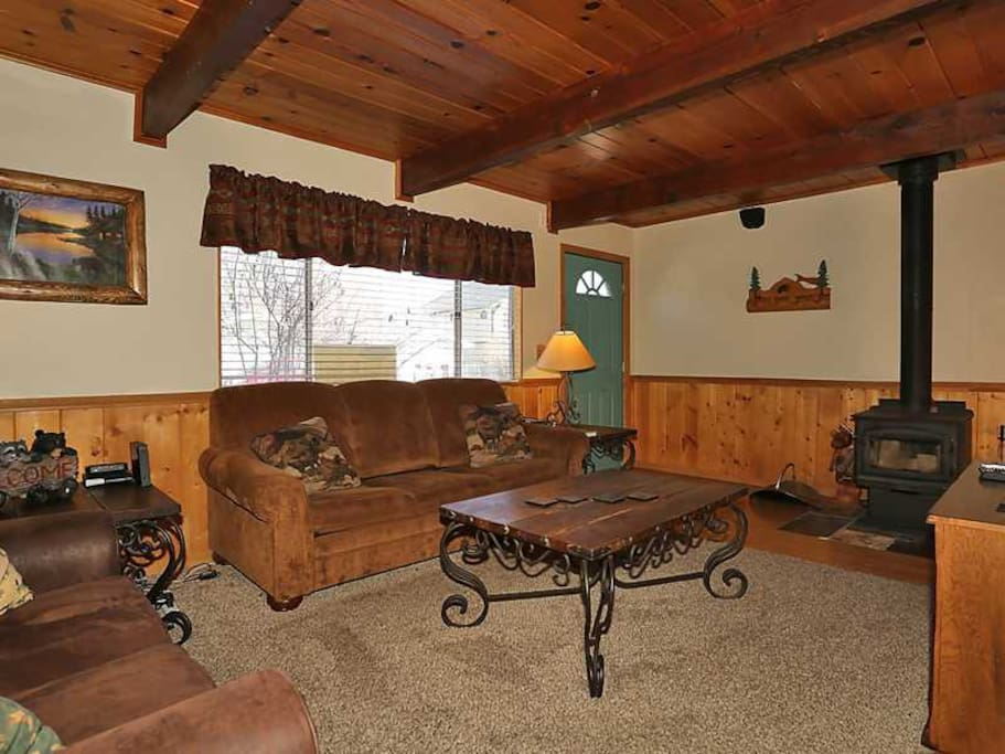 Cozy Cabin With Hot Tub Houses For Rent In Big Bear