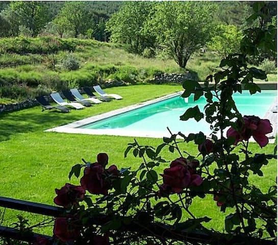 La Calade en Provence -Espagnole
