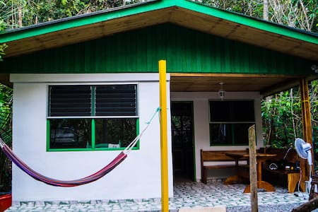 Jolly's Jungle-Villa - Parrita - Haus