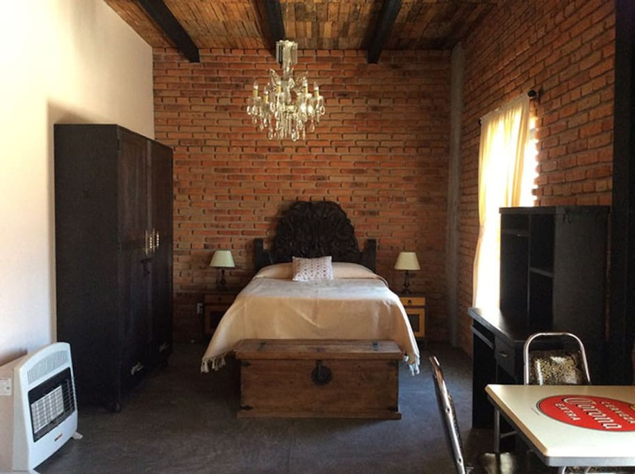 Full Size Bed w/Amoir & Desk