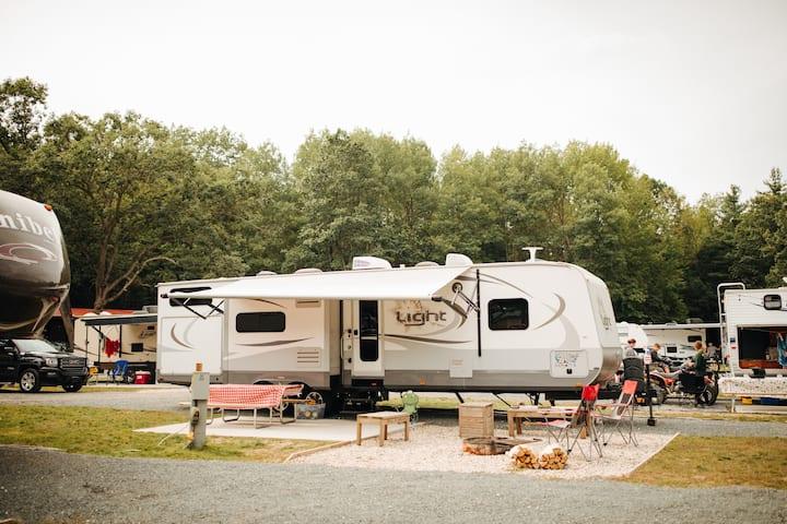 Luxury RV Bunkhouse RV PMR-005