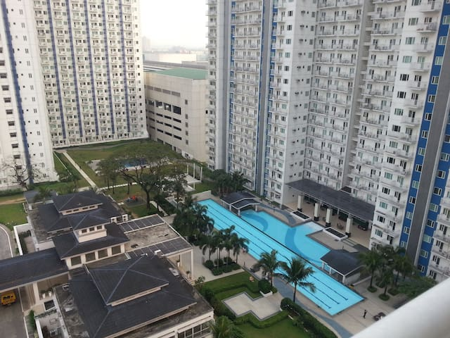 Resort-type Condo - Ciutat Quezon