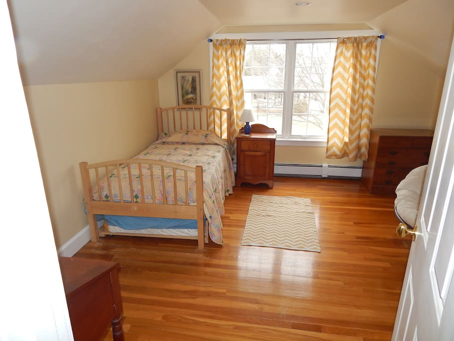 A trundle bed can be pulled out for a second person.