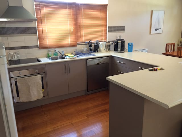 Fully featured kitchen including dishwasher and coffee machine. Bring your best beans ;-)