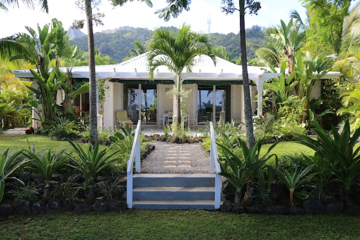 Pandanus Beach Front House