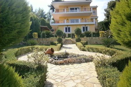 200τμ Luxury villa for delightful holiday - Theologos - Huis