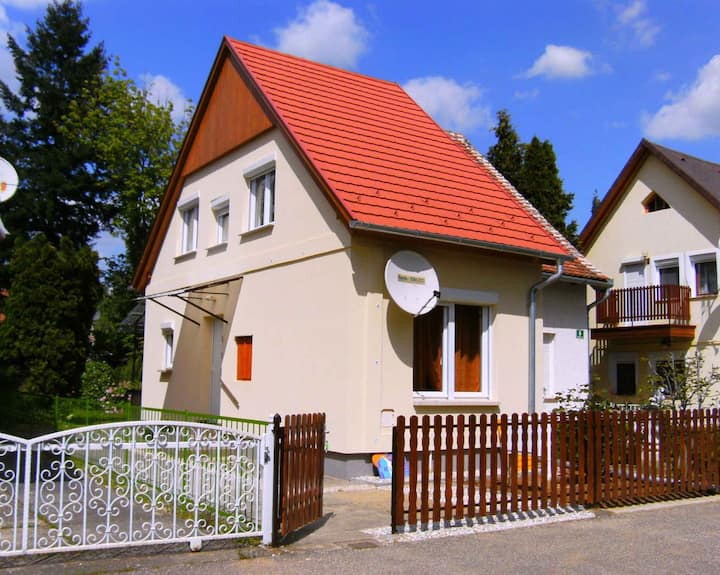 House for 4 pers with WLAN in Bükfürdő R29296
