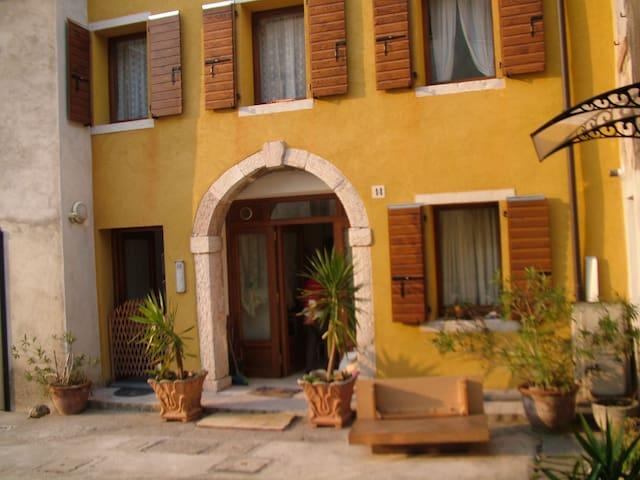 Pied a terre fra Venezia e Cortina - Quero - Apartment