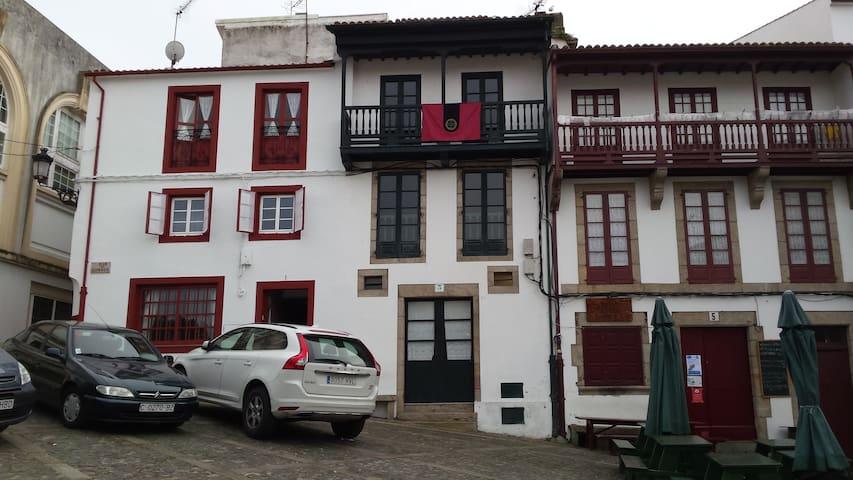 Casa típica centro casco histórico - Betanzos - Hus