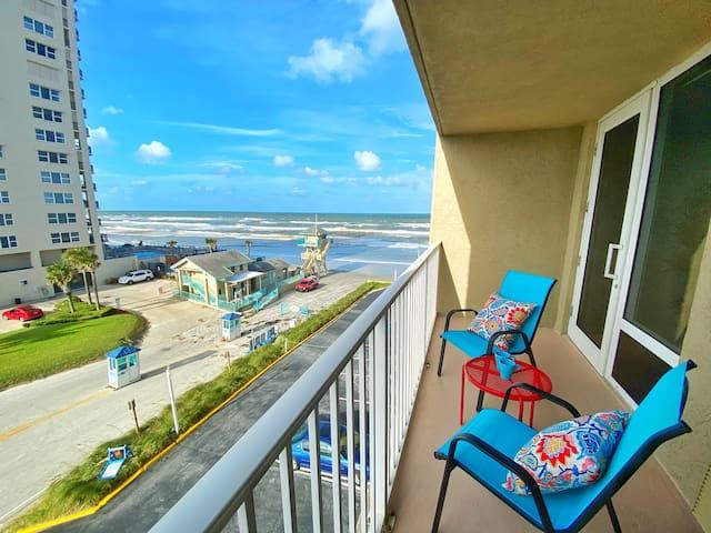 Lovely Ocean View Studio in Daytona Beach!