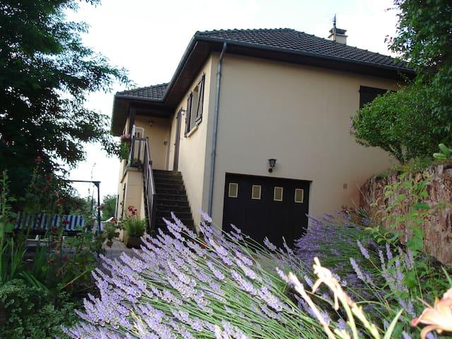Maison de vacances - Saint-Christophe-Vallon - Haus