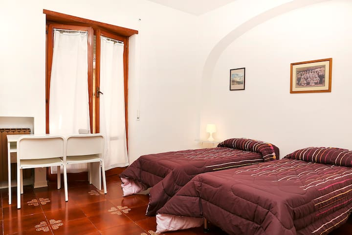 Camera  miuccia l - L aquila  - Bed & Breakfast
