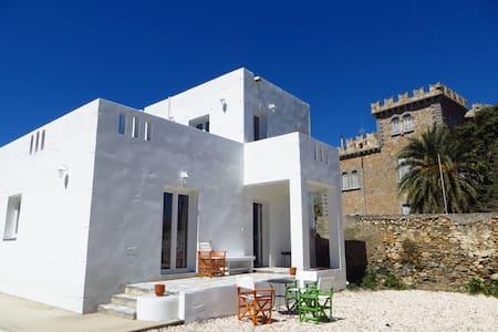 spacious, newly-built maisonette  - Άλινδα