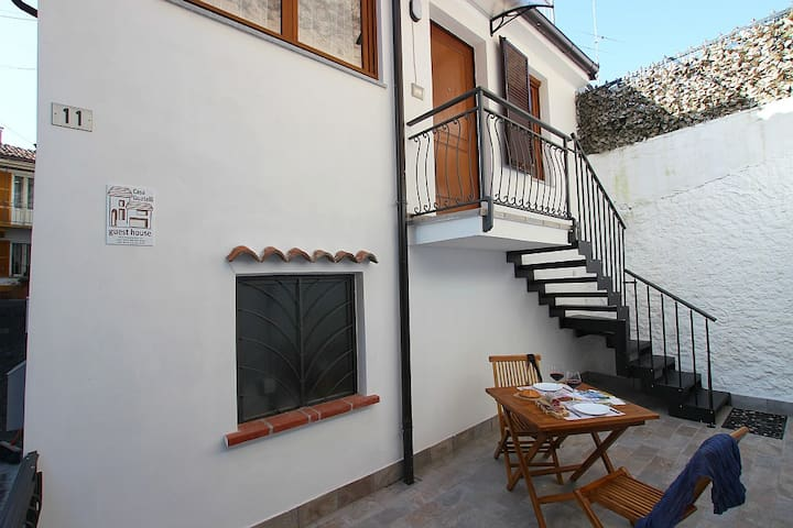 Small apartment in typical house in town center