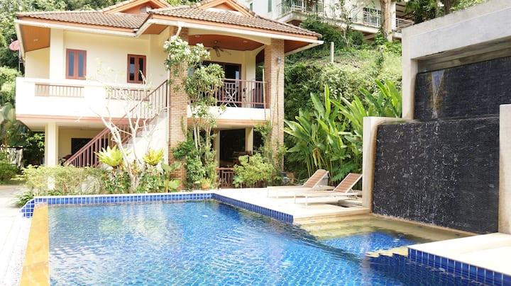 Kathu Tropical Pool Villa 2