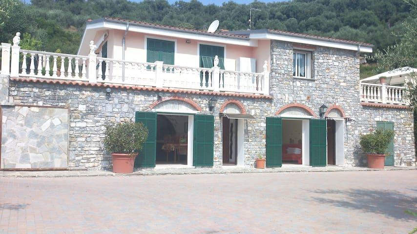 Fantastica Villa Genni in Liguria - Civezza - Villa