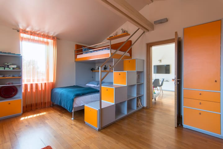 Beds for 3 people with large cupboards avaliable