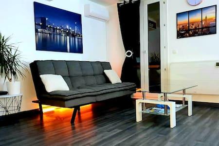 Studio lumineux et spacieux, grand confort
