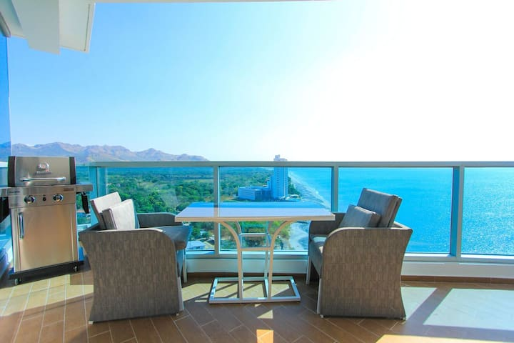 Royal Palm 1608 True Ocean front 2Bd 2Bth Luxury