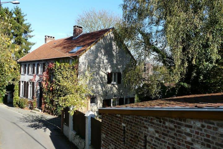 Chambre tout confort 22m² calme rez - Chaumont-Gistoux
