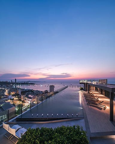 Nice location.Fantastic rooftop pool.New built. :D - Pattaya City - Apartament