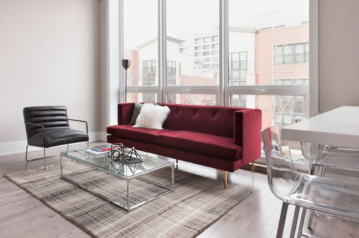 Sonder | 943 Crosby | Beautiful 1BR