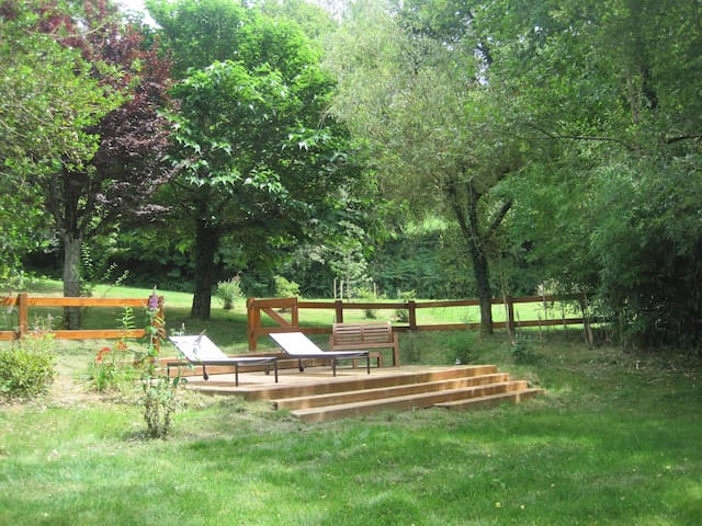 Ancienne ferme du XIXe réaménagée - Saint-Jean-Lagineste - Huis