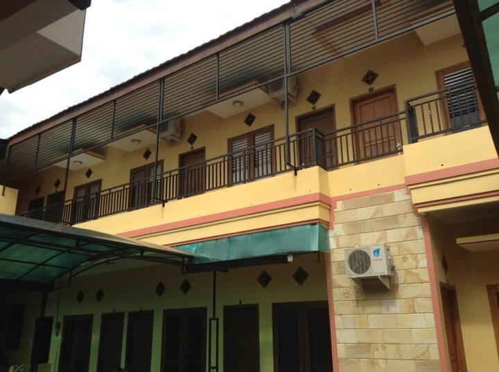 Family Room near Transmart @Homestay Kedung Ombo