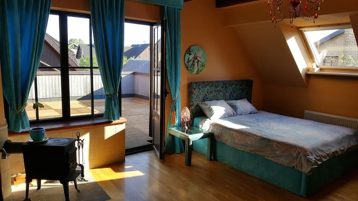 Triple room with private bath and large terrace