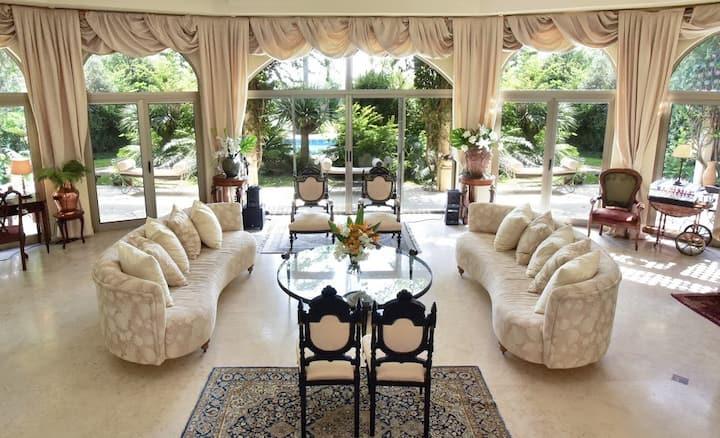 Fabulous Luxury Villa with Beautiful Gardens