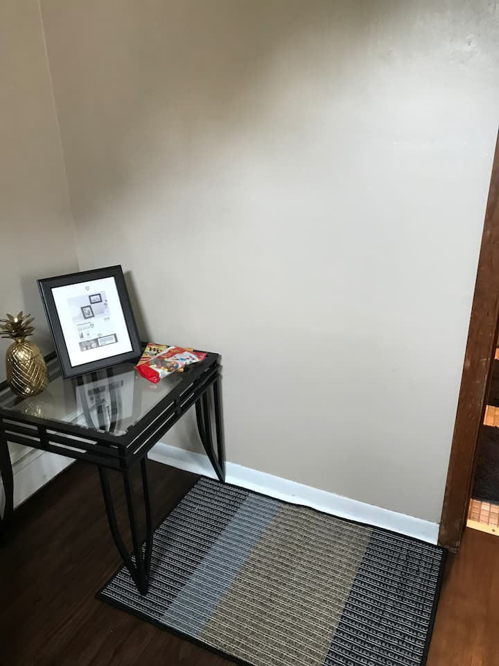 Studio Apartment Close to Pittsburgh