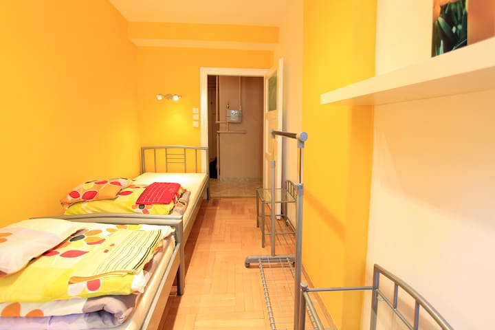 Central Comfort TWINROOM for 2 @ BDPST Broadway - Budapest - Apartment