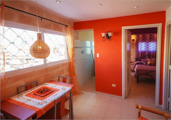 Rento apartamento privato de dos habitaciones