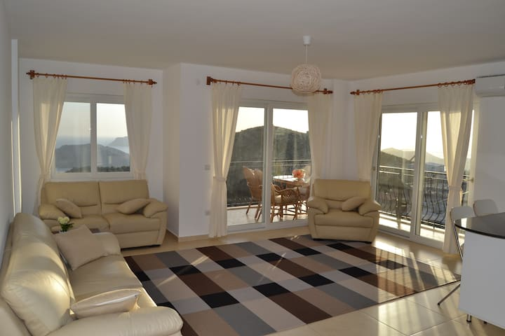 Beige apartment with great sea view - Kaş - Pis