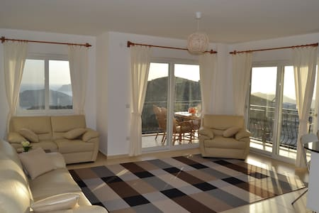 Beige apartment with great sea view - Kaş