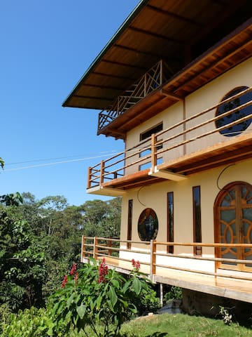 Beautiful house on Eco Yoga Farm! - Tena