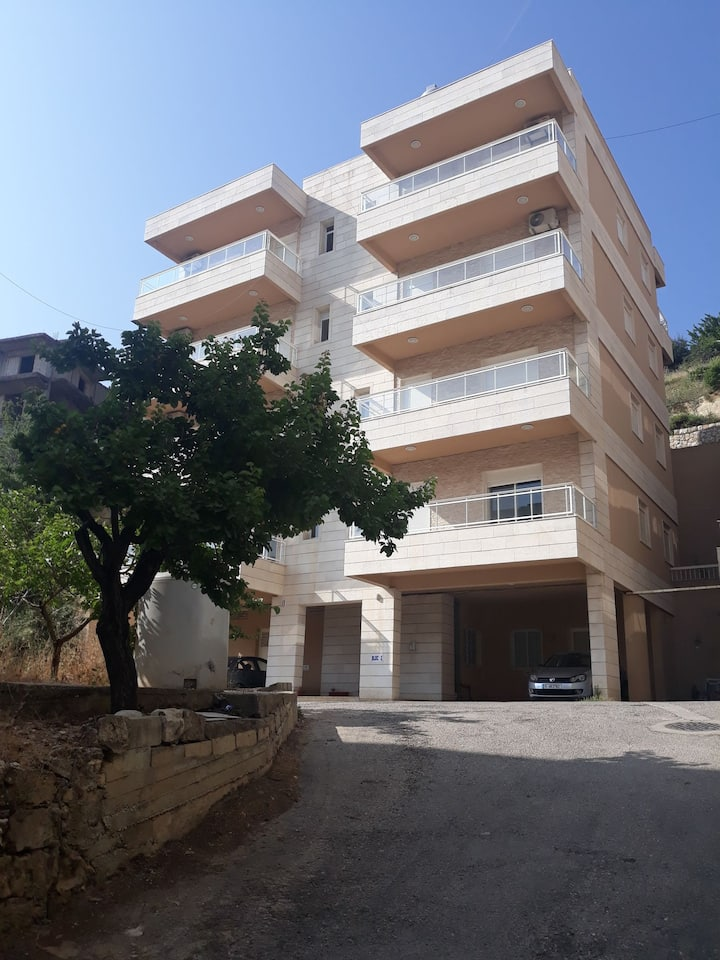 Quiet 2 bedrooms furnished apartment block 2