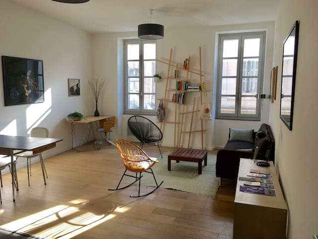 Very nice place in the historic center of Arles