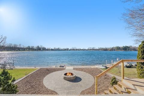 Gorgeous Home on All Sports Cowden Lake!