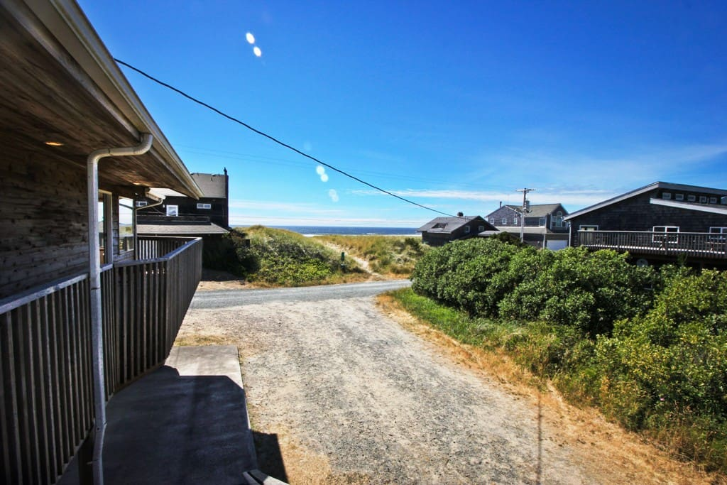 Large upper deck with spectacular ocean views and gas BBQ.